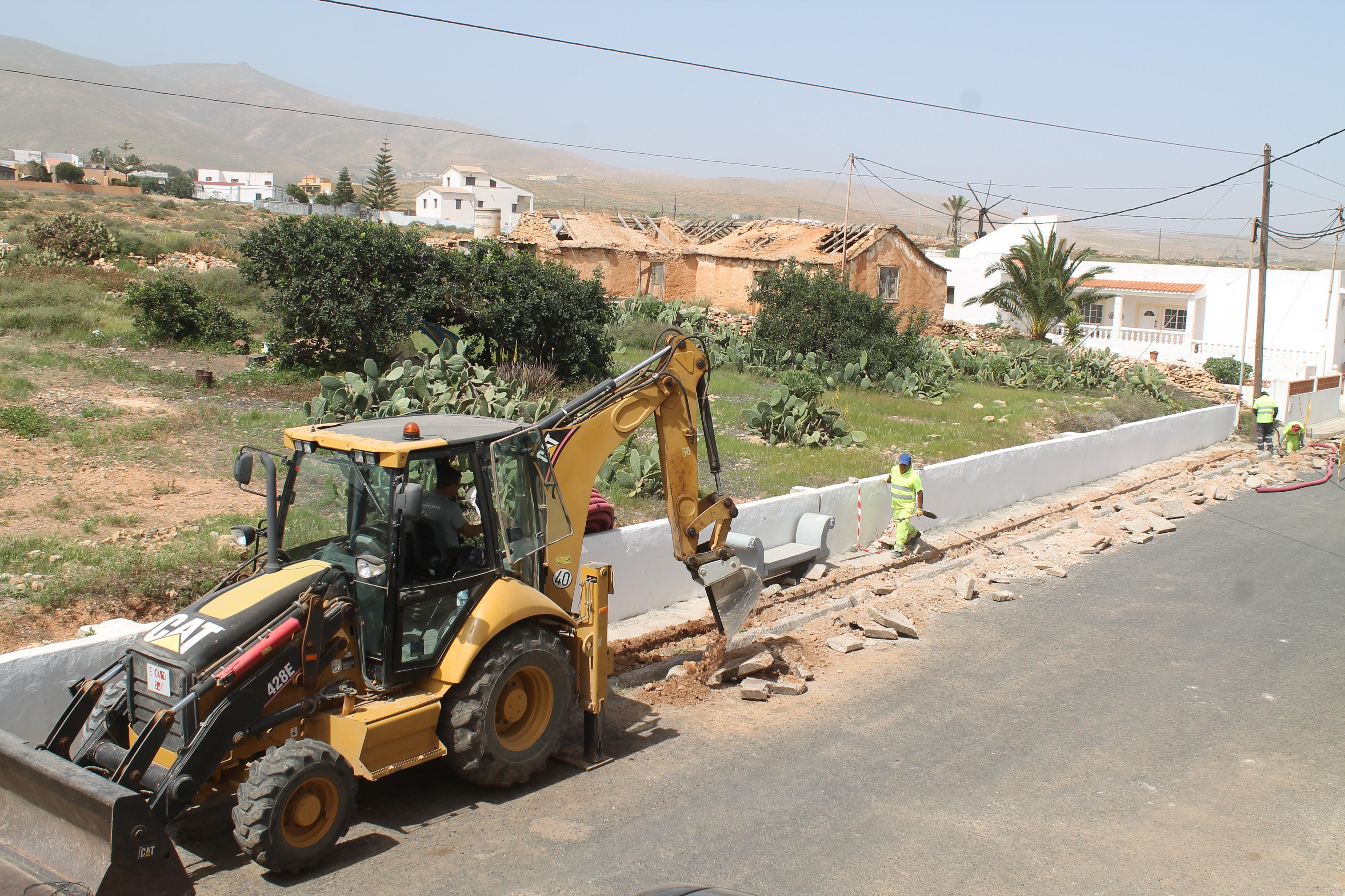 Obras de alumbrado público en Antigua