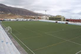 Tenerife saca licitación la sustitución del césped del campo de fútbol de Candelaria