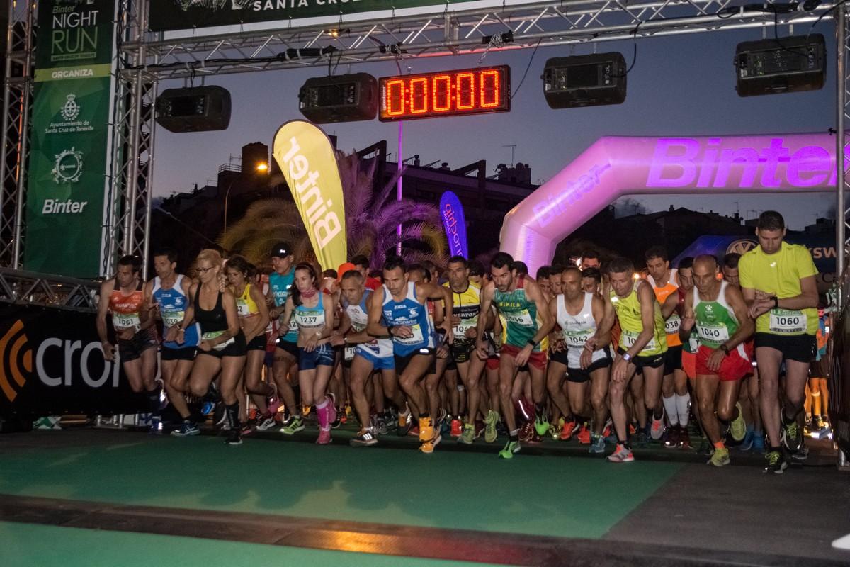 Salida de la carrera Binter NightRun Tenerife