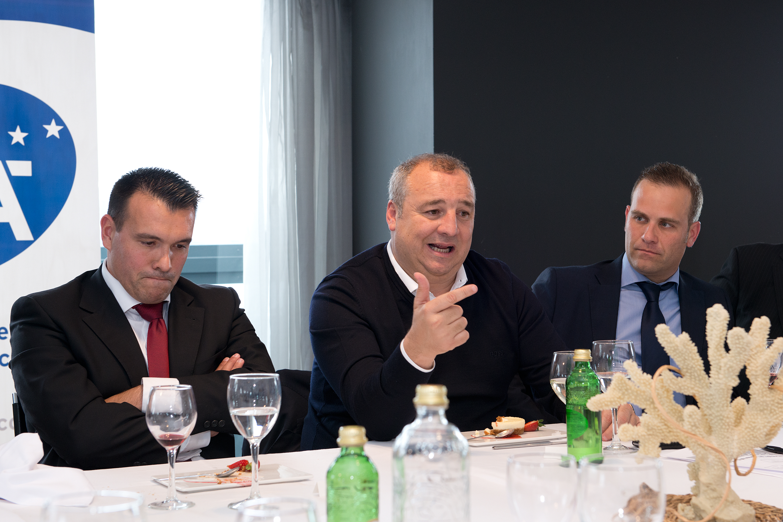 Miguel Ángel Ramírez en la reunión con los jóvenes empresarios