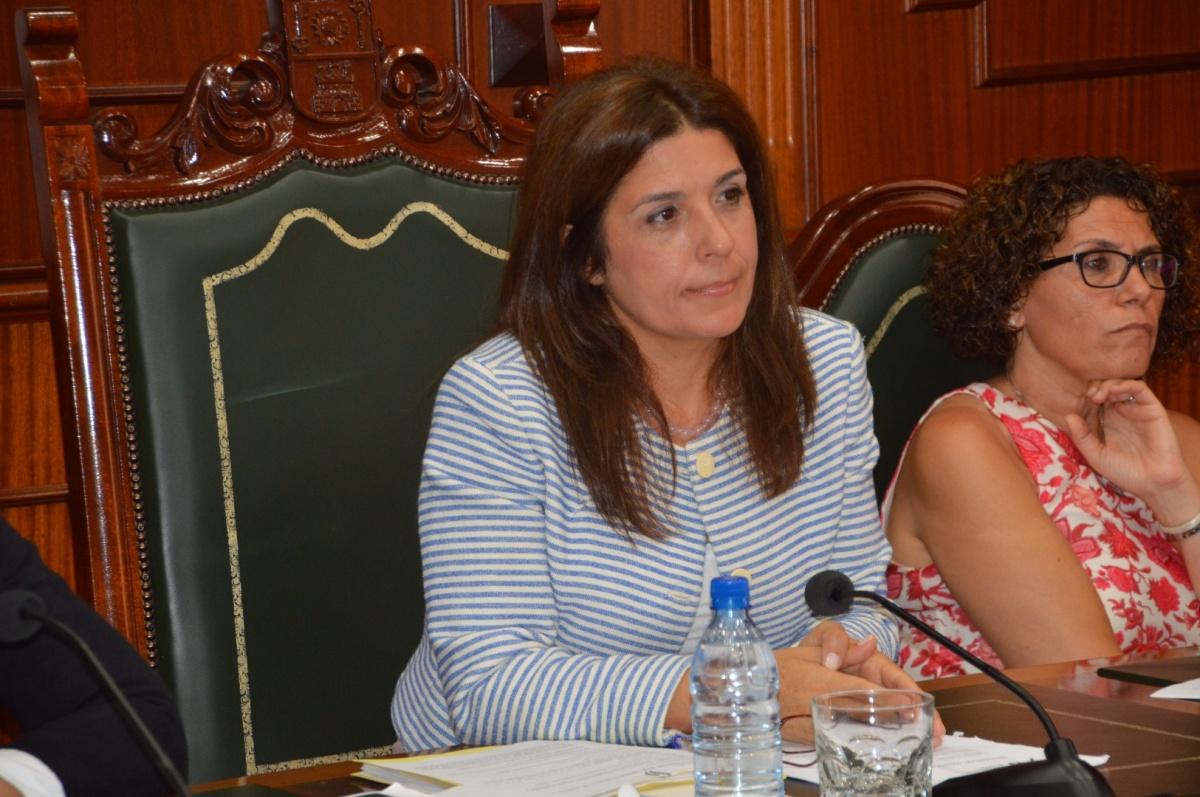 Podemos denuncia que Carmen Hernández prorroga los presupuestos del PP de forma encubierta