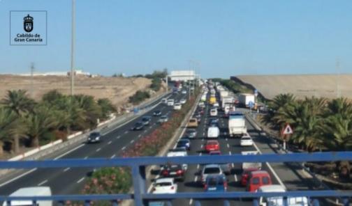 Un accidente en la GC-1 atasca la entrada a Las Palmas de Gran Canaria