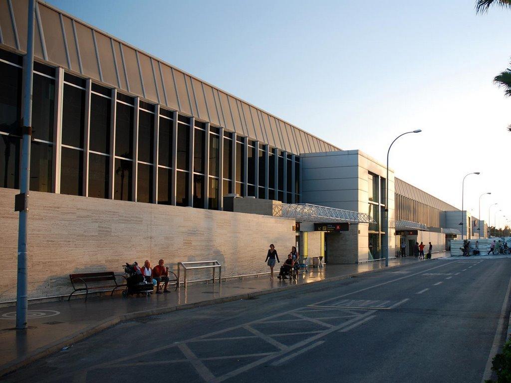 AENA desmiente la saturación del aeropuerto Tenerife Sur
