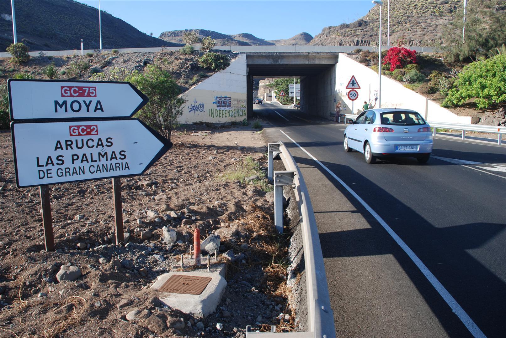 Obras Públicas gastará más de 10 millones de euros para aumentar la seguridad de las carreteras canarias en 2018