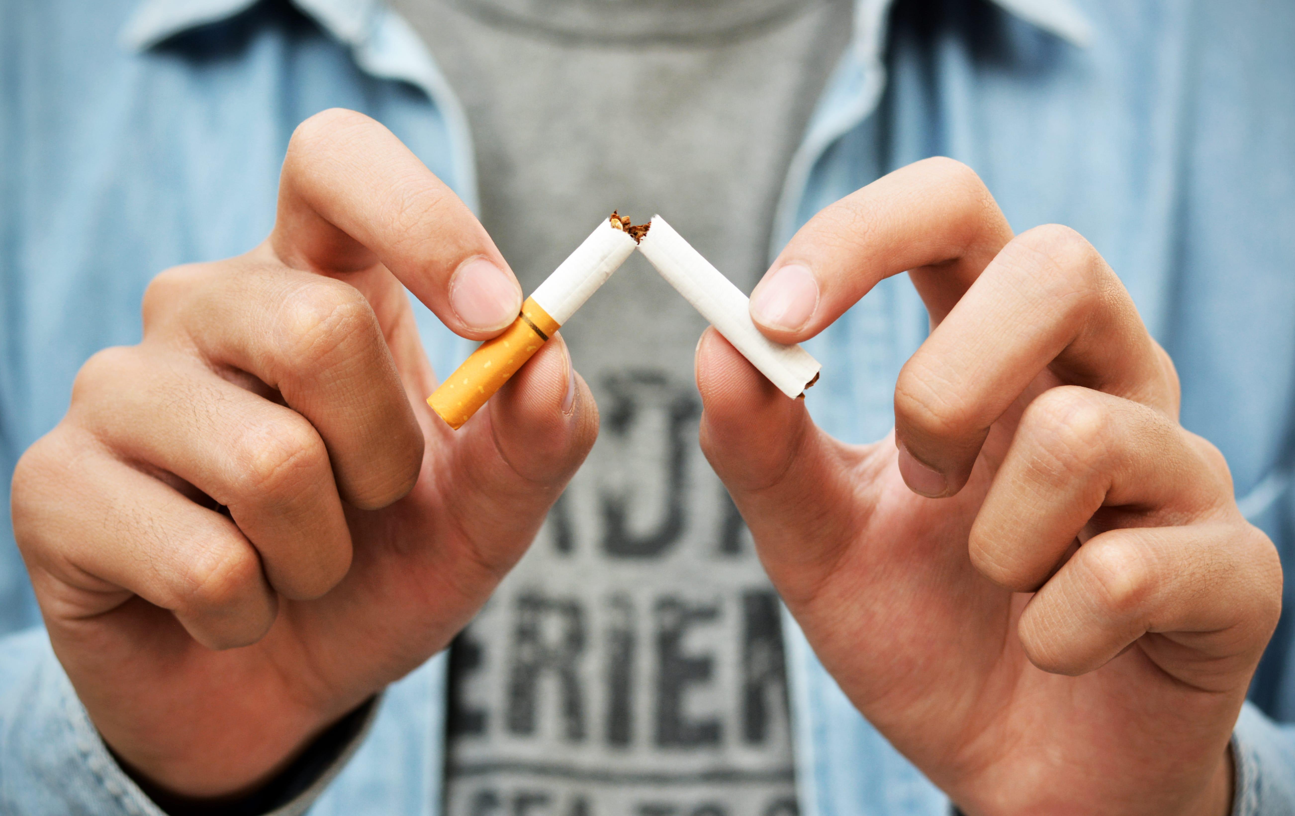 Casi el 60% de los fumadores que intenta dejarlo fracasa