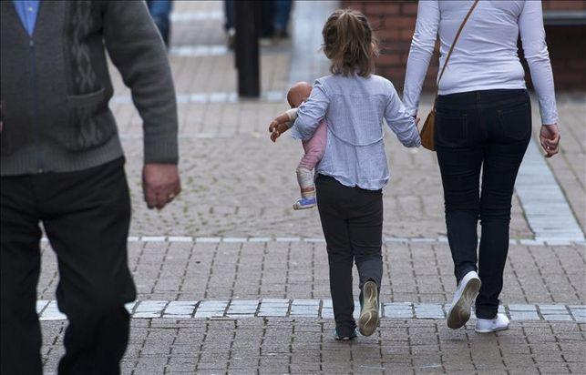 Aumentan los menores acogidos en familias en Canarias