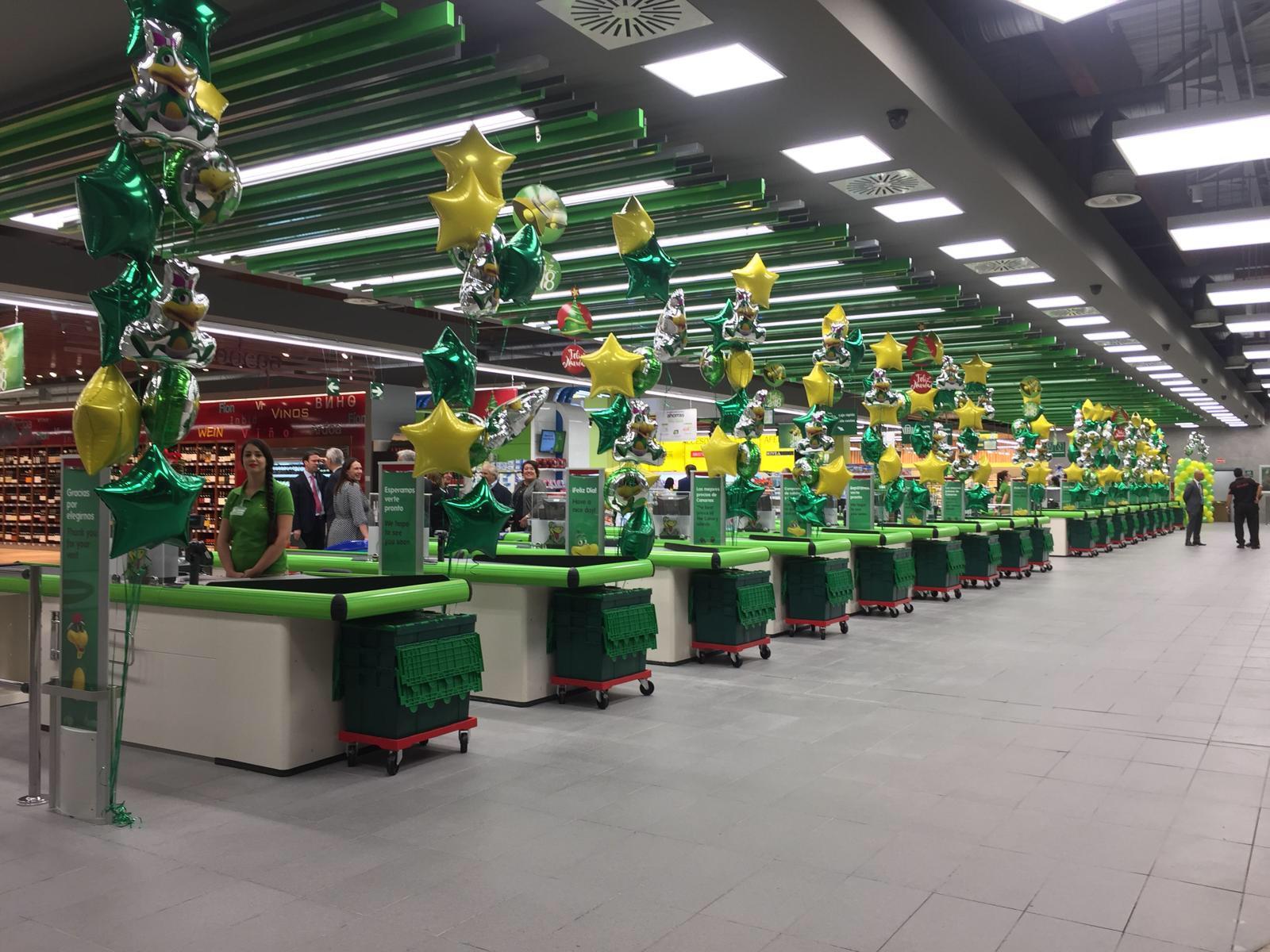 HiperDino inaugura un nuevo supermercado en el Centro Comercial Alisios
