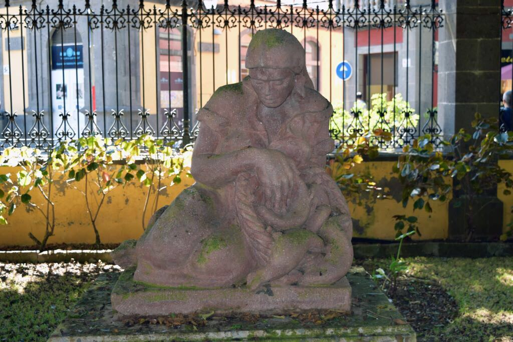 Arucas revitaliza espacios emblemáticos del municipio con la restauración de 26 esculturas