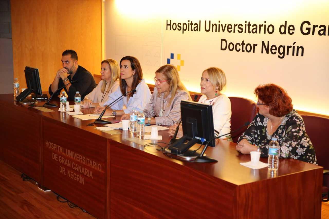 Más de 300 profesionales de Enfermería debaten en el Hospital Dr. Negrín cómo mejorar la atención al paciente con úlceras por presión