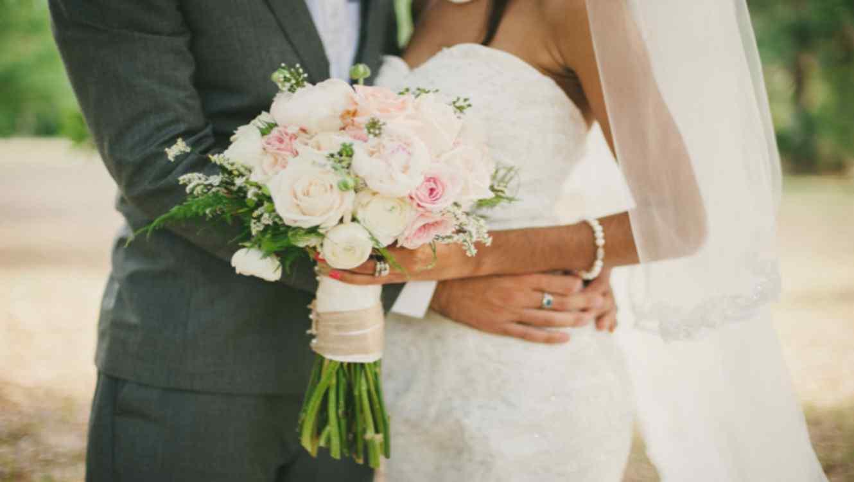 Los canarios, los españoles que más tardan en casarse