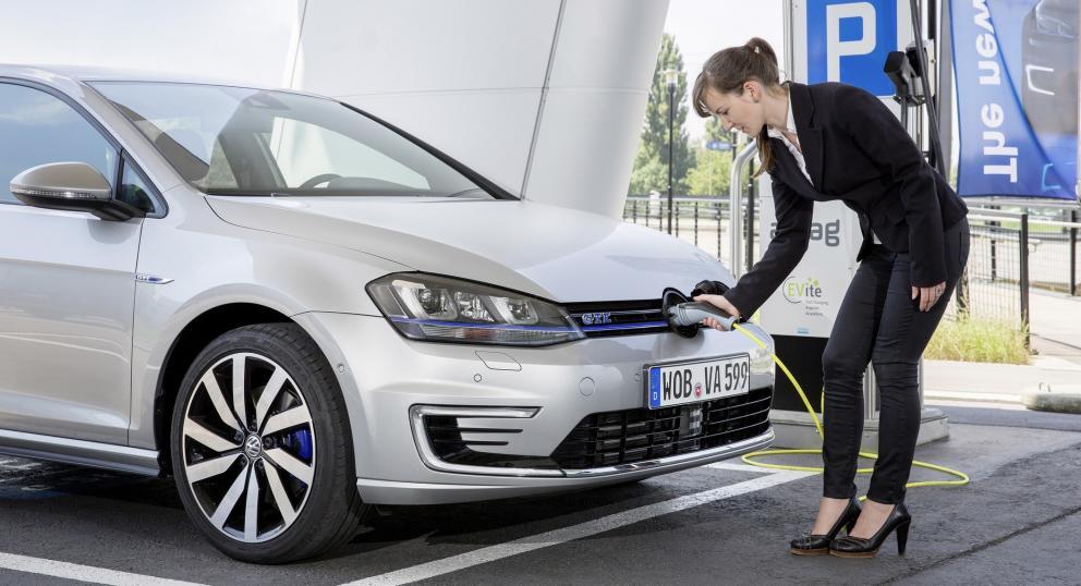 Aumentan en Canarias las matriculaciones de vehículos híbridos y eléctricos