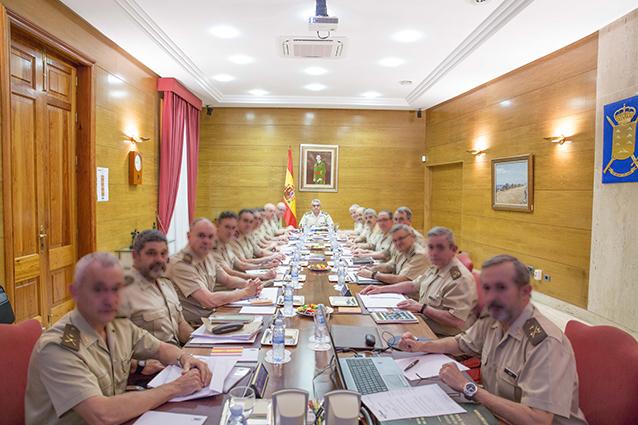 El Consejo Superior del Ejército se reúne en Tenerife
