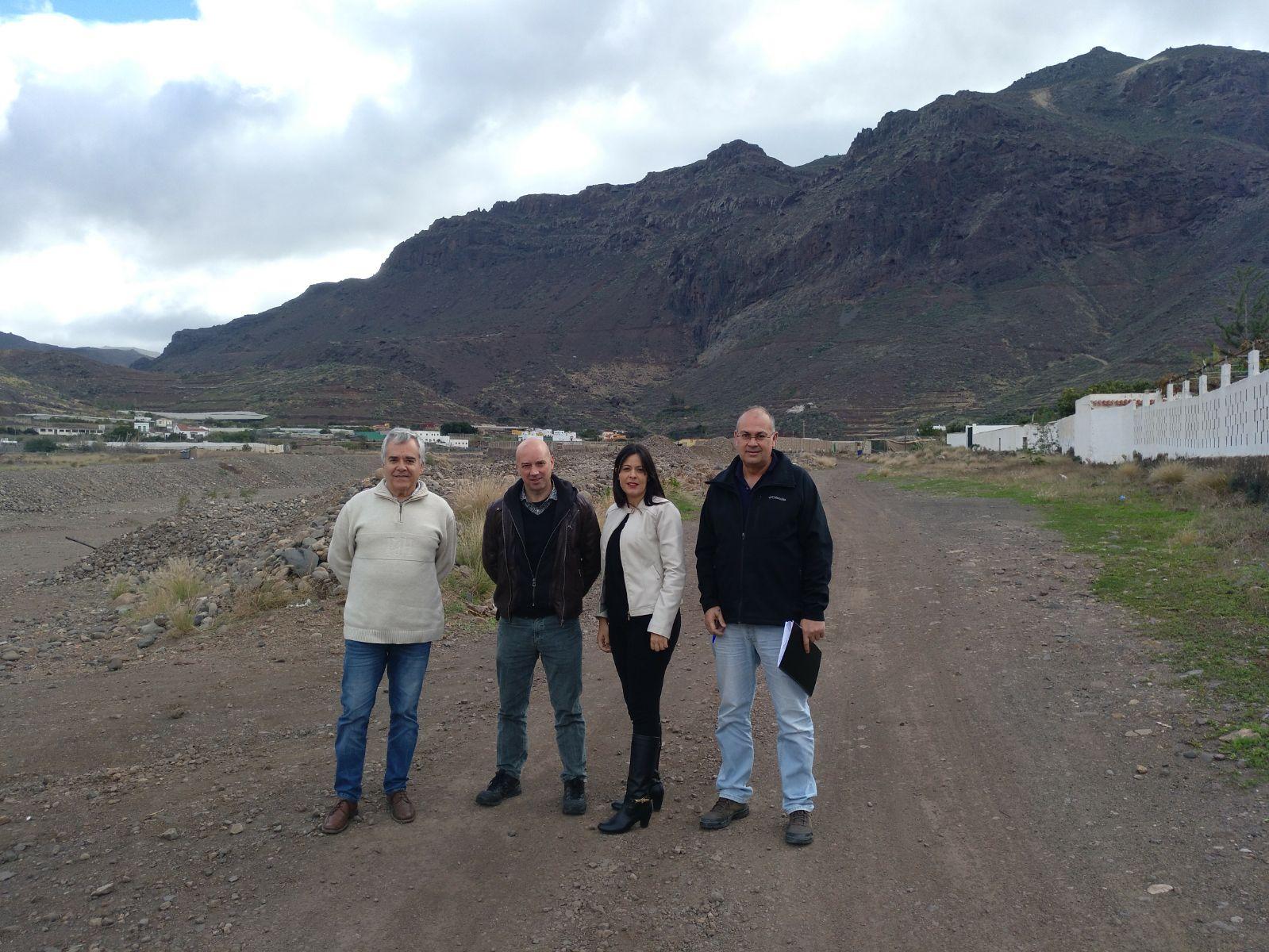 Obras habilita un espacio para la práctica deportiva y como ruta botánica en La Aldea