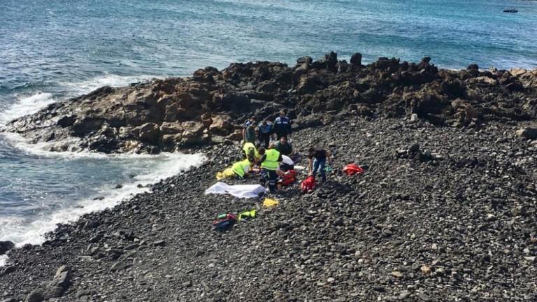 La patera que encalló en Lanzarote había salido el sábado de Marruecos