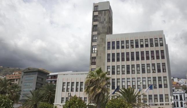 El Cabildo de La Palma pide explicaciones a Endesa sobre el corte de luz total