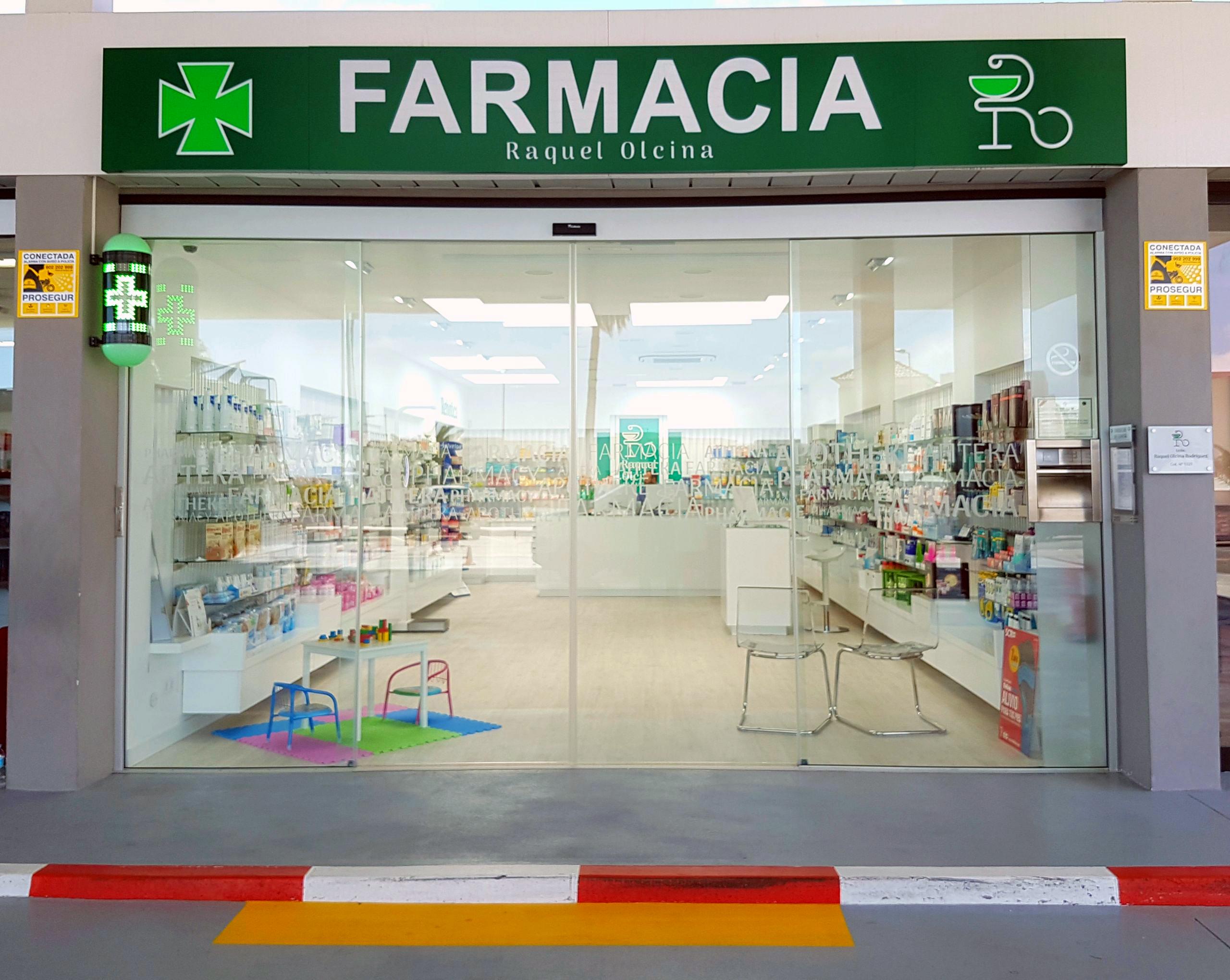 8 nuevas farmacias abren sus puertas en Adeje