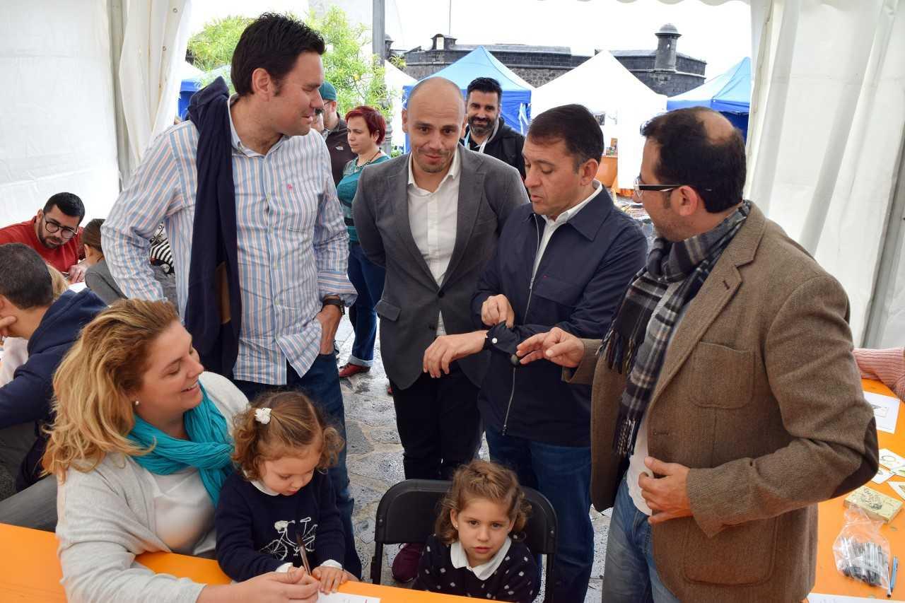 El alcalde de Santa Cruz agradece el esfuerzo de las empresas y la afluencia de público a Plenilunio