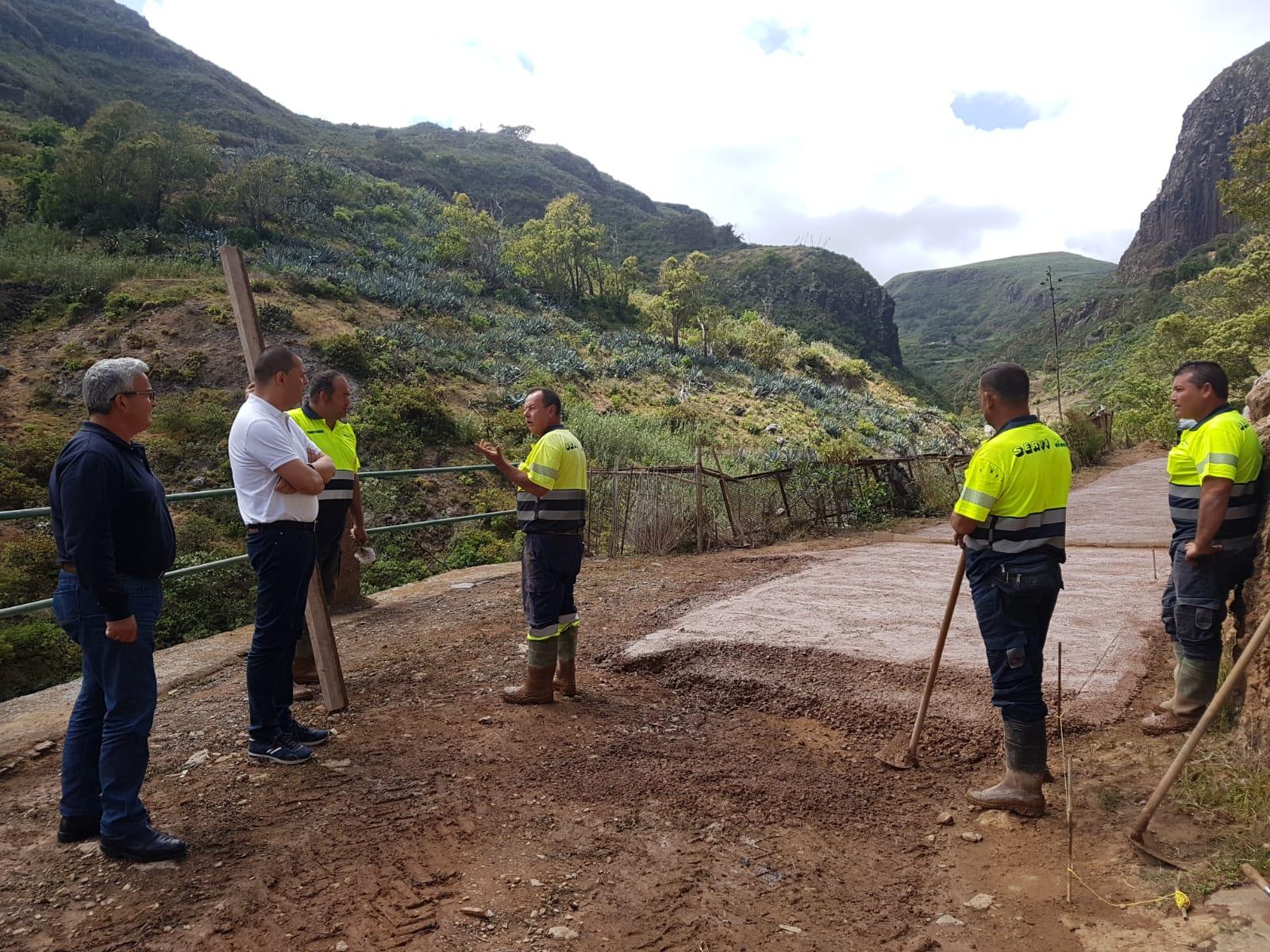 El Ayuntamiento de Guía invierte 120.000 euros en el acondicionamiento del acceso al barrio de Las Boticarias