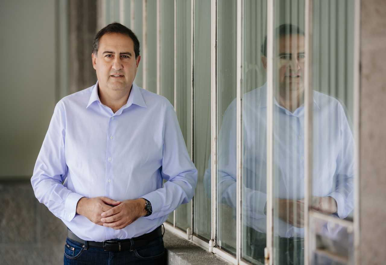 El PP pide la dimisión de la consejera de Recursos Humanos por avalar la contratación en el Cabildo del vecino de Morales condenado por corrupción