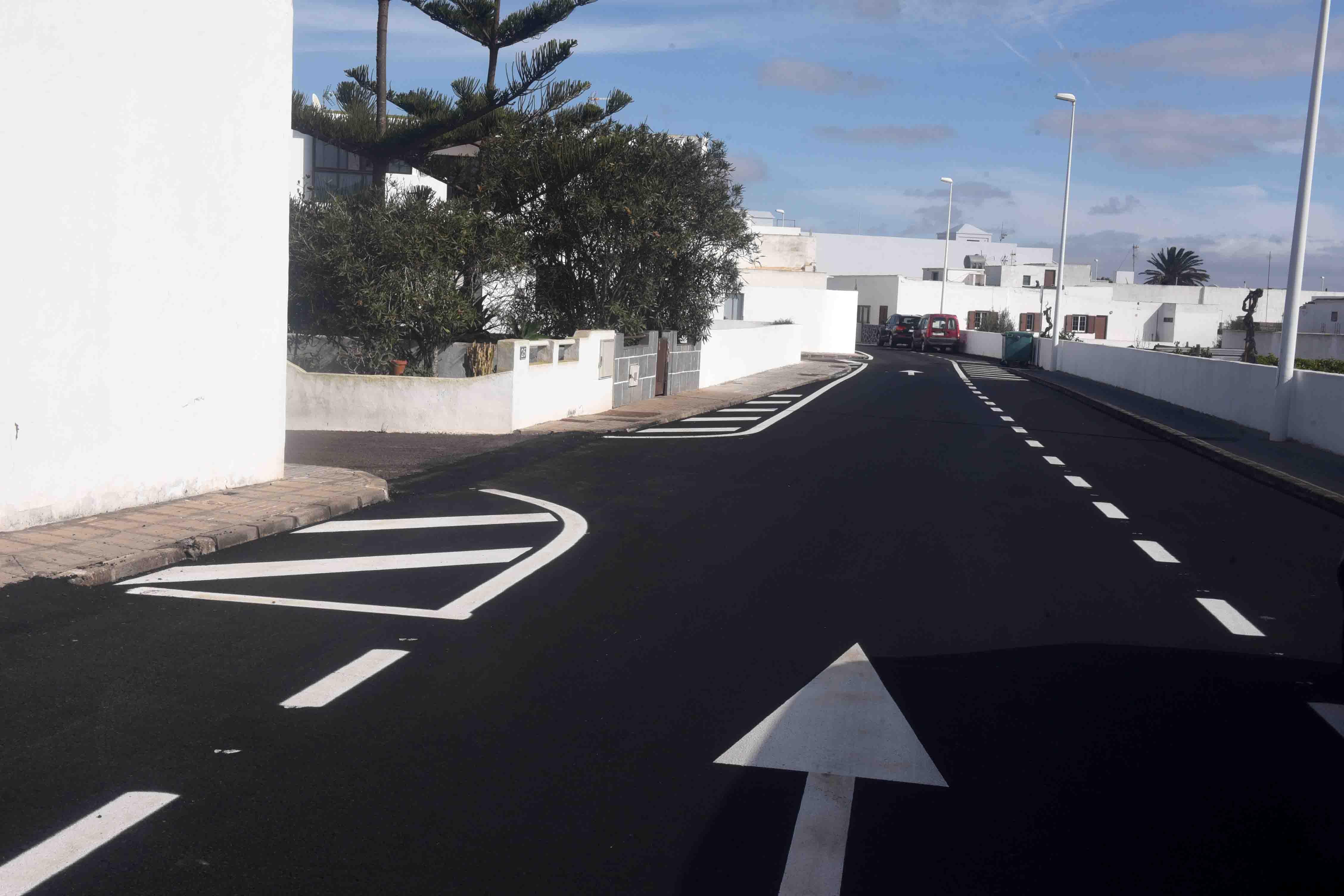 Adjudicadas obras de asfaltado en el municipio de San Bartolomé