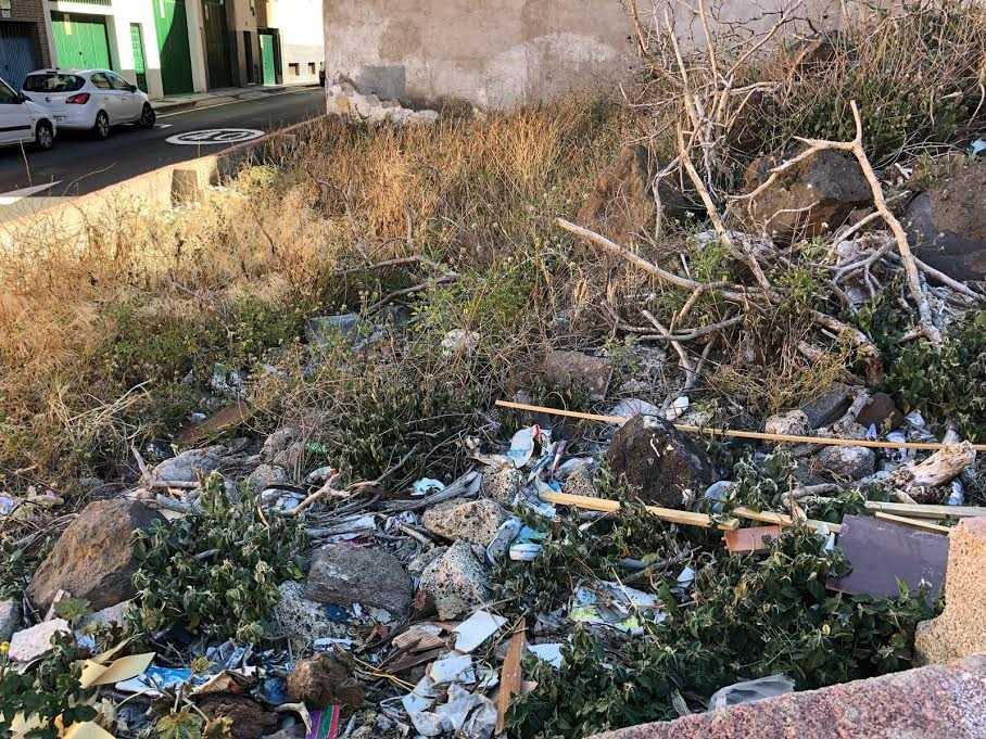 Ciudadanos denuncia el abandono al que CC y PSOE están sometiendo al barrio lagunero de Taco