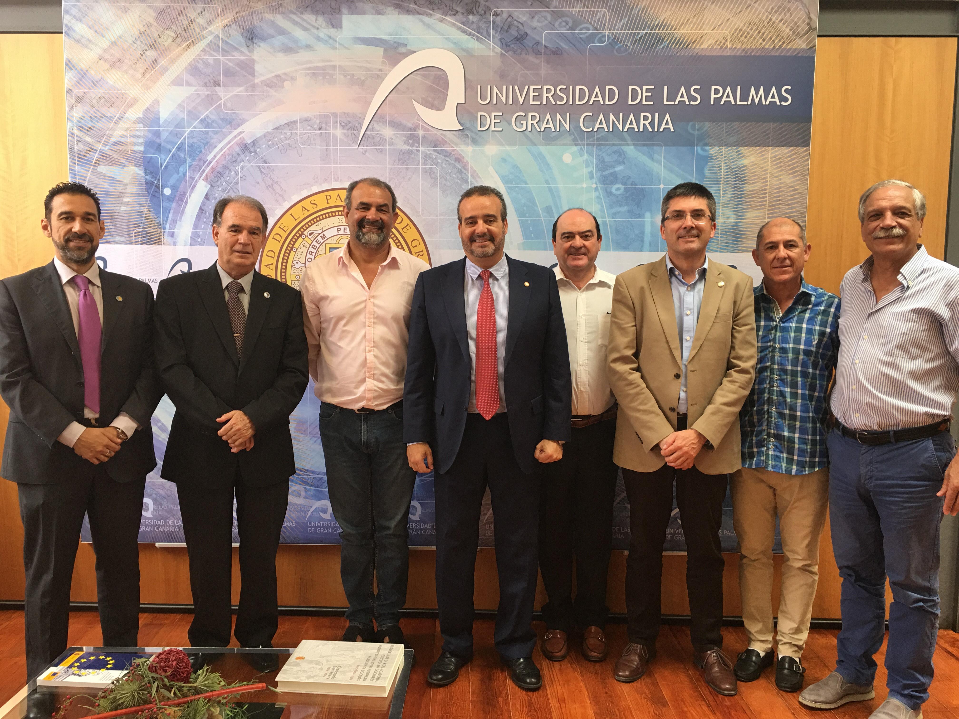 El Rector Rafael Robaina recibe la visita de una delegación de la Universidad Nacional de Rio Negro