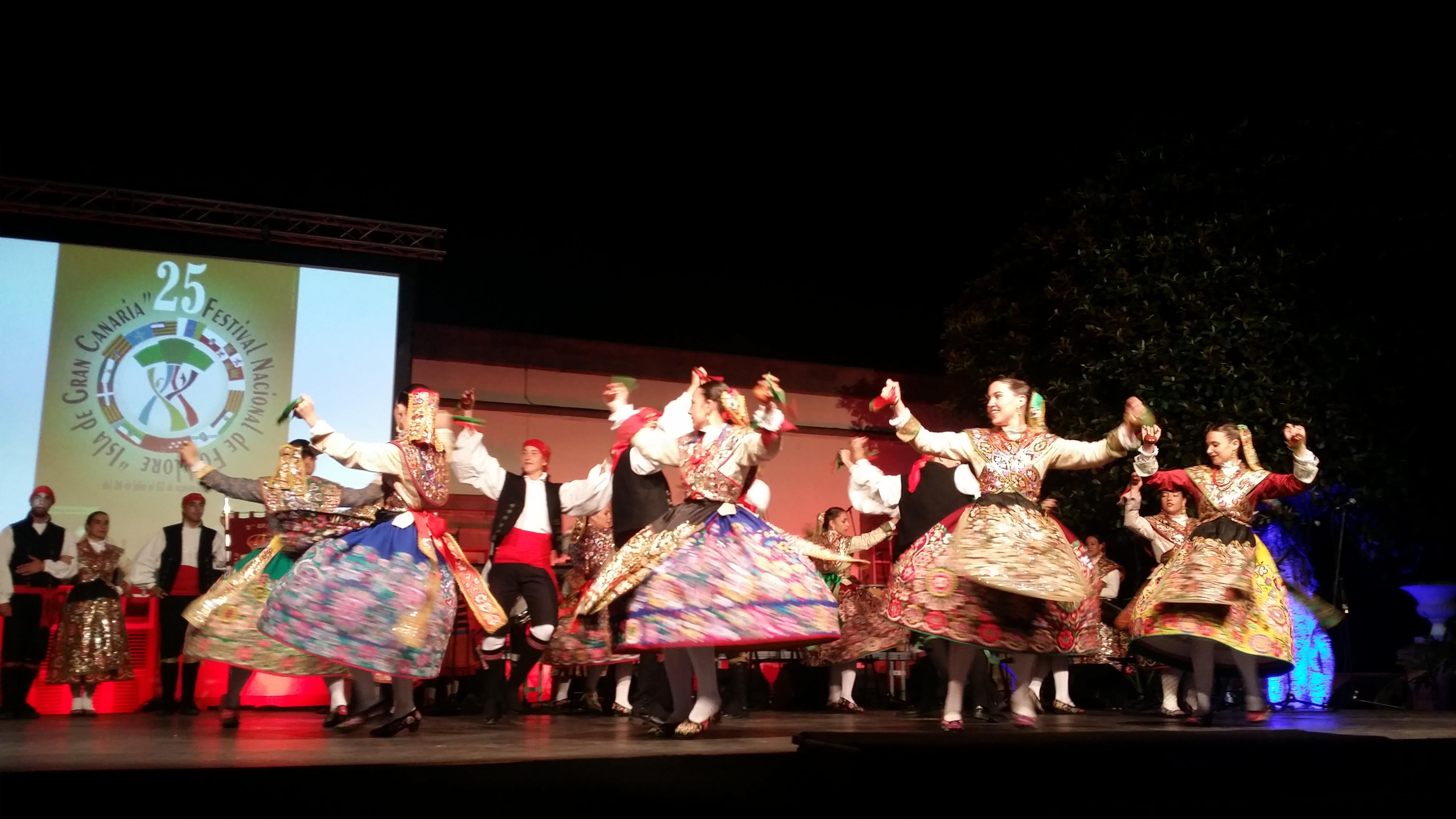 La Plaza Grande de Guía acogió la celebración del 25 aniversario del Festival Nacional de Folklore 'Isla de Gran Canaria'
