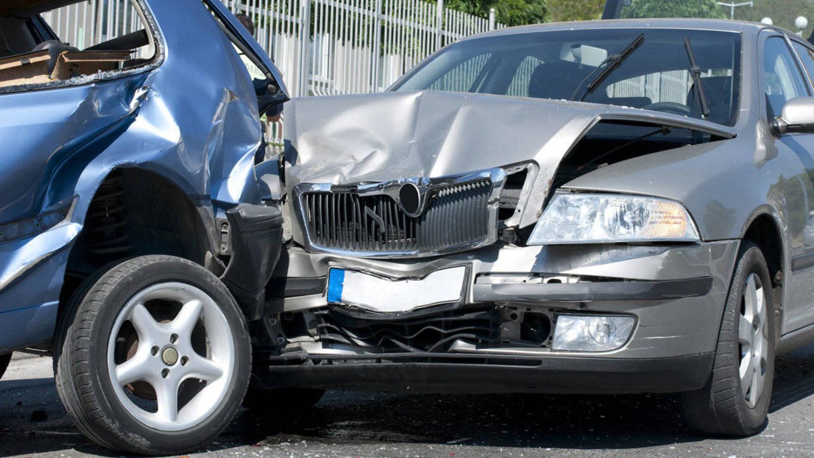 Catorce muertos en las carreteras en el fin de semana