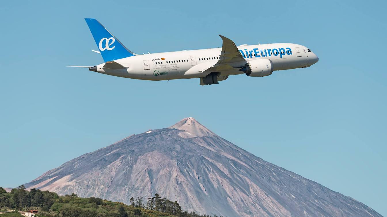 Binter y Air Europa niegan subida de precios