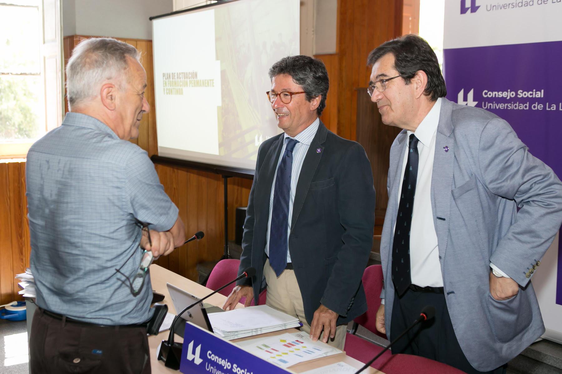 El Consejo Social aprueba los precios públicos de cuatro títulos propios de la Universidad de La Laguna