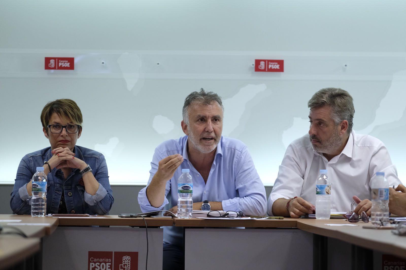 """Ángel Víctor Torres: """"La bonificación del 75 por ciento está garantizada y será efectiva en los próximos días"""""""