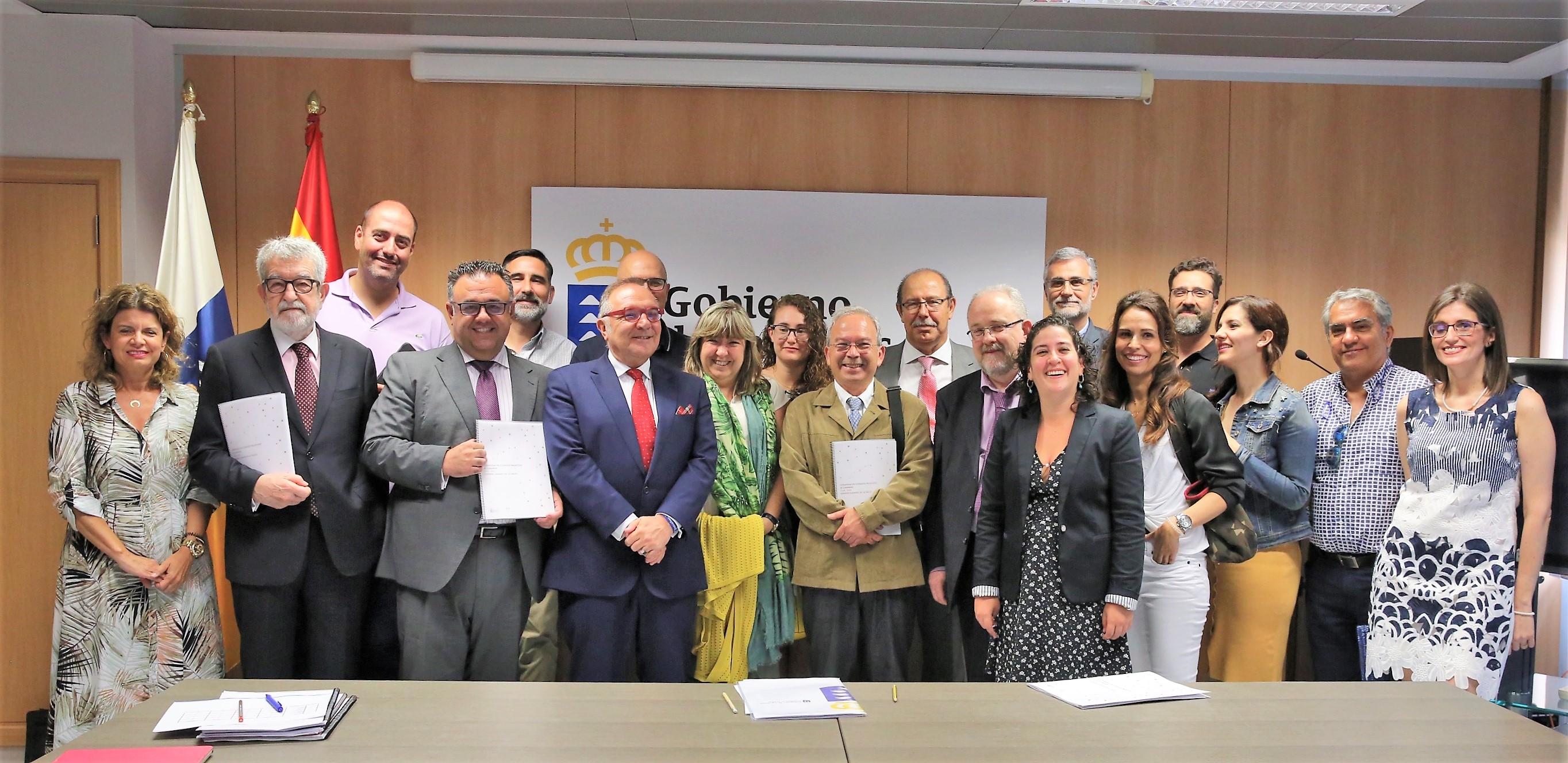 Sanidad presenta la Estrategia Canaria de Cuidados Paliativos 2018-2021
