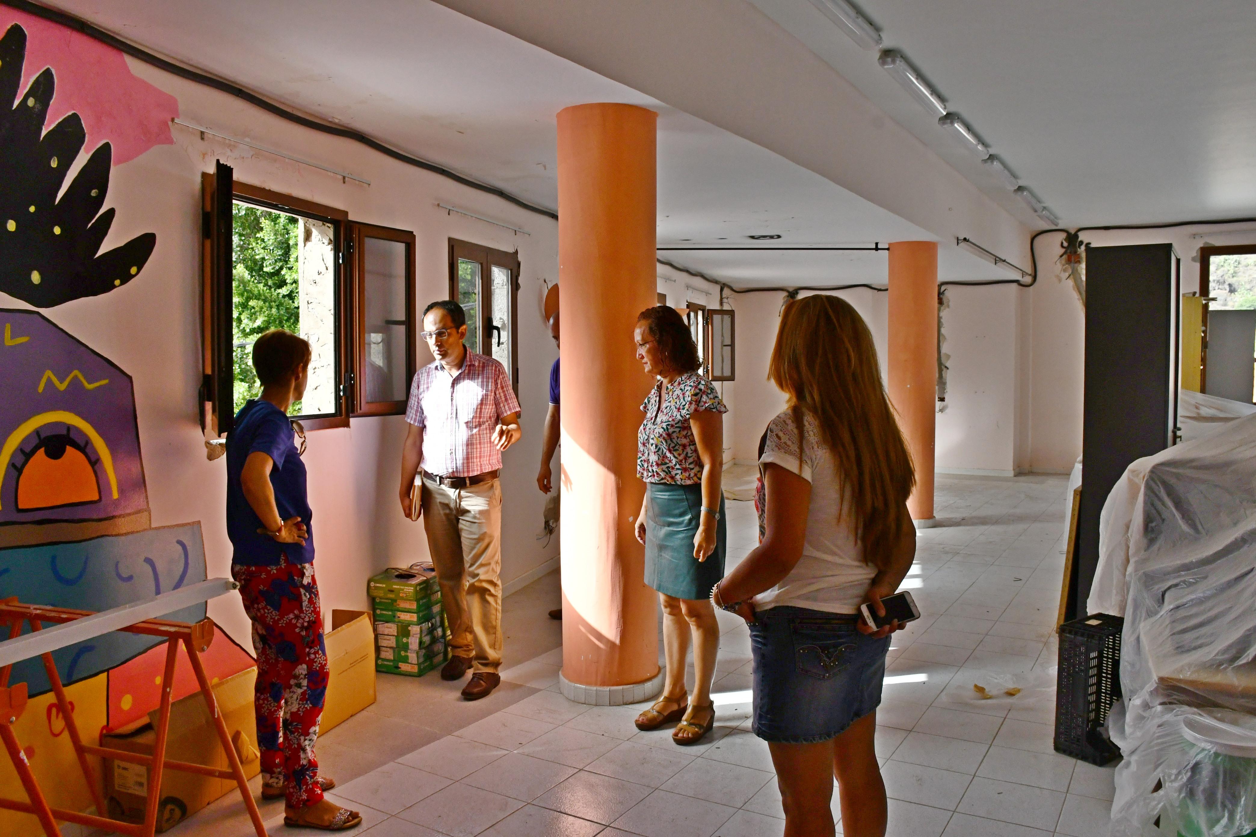 En marcha la obras mejora del Centro Sociocultural de Veneguera