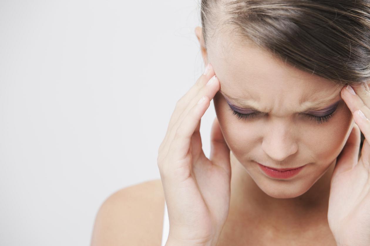 Hospital Parque advierte que el abuso de analgésicos sin control médico puede agravar las migrañas