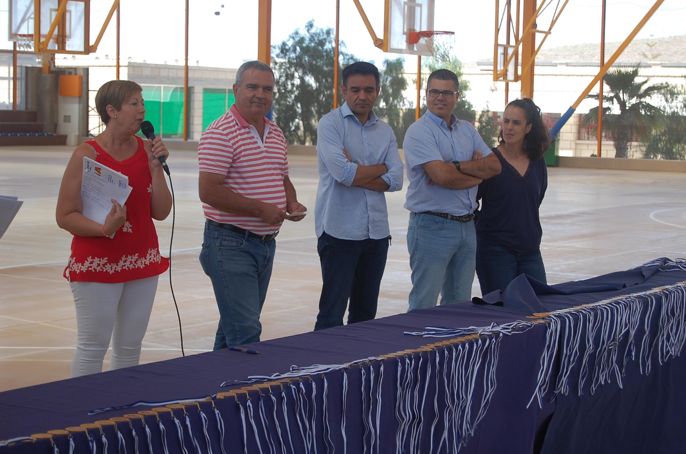 Los cursos de natación llegan a 240 niños y niñas de San Miguel de Abona