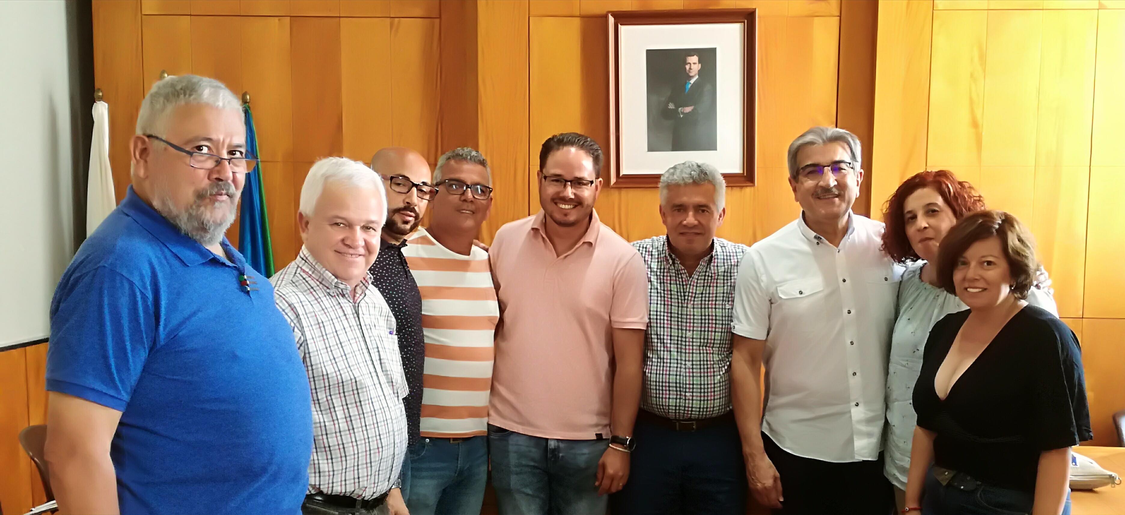 Visita institucional de Román Rodríguez al Ayuntamiento de Valle Gran Rey