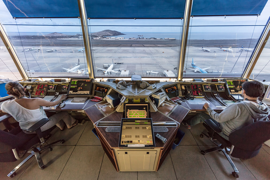 Enaire gestiona hasta junio 171.349 vuelos en Canarias