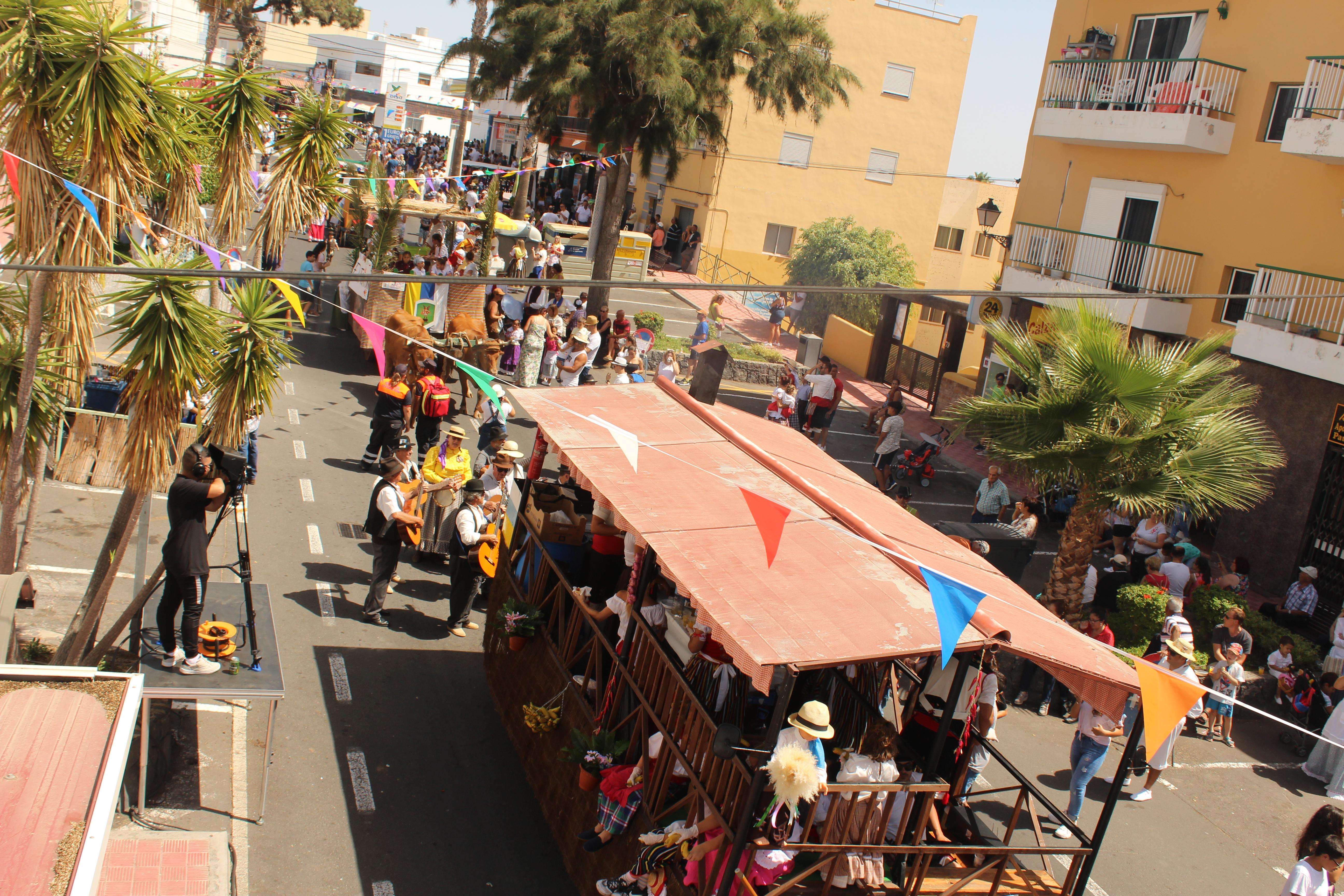 La Romería de San Miguel de Abona congregó a miles de personas