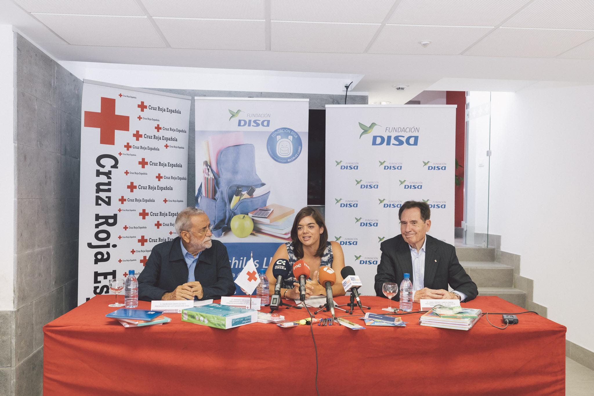 Fundación DISA destina 140.000 euros para ayudar a las familias que más lo necesitan en la 'vuelta al cole'