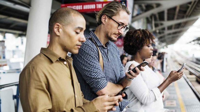Las terapias por adicción al móvil crecen un 300% al año
