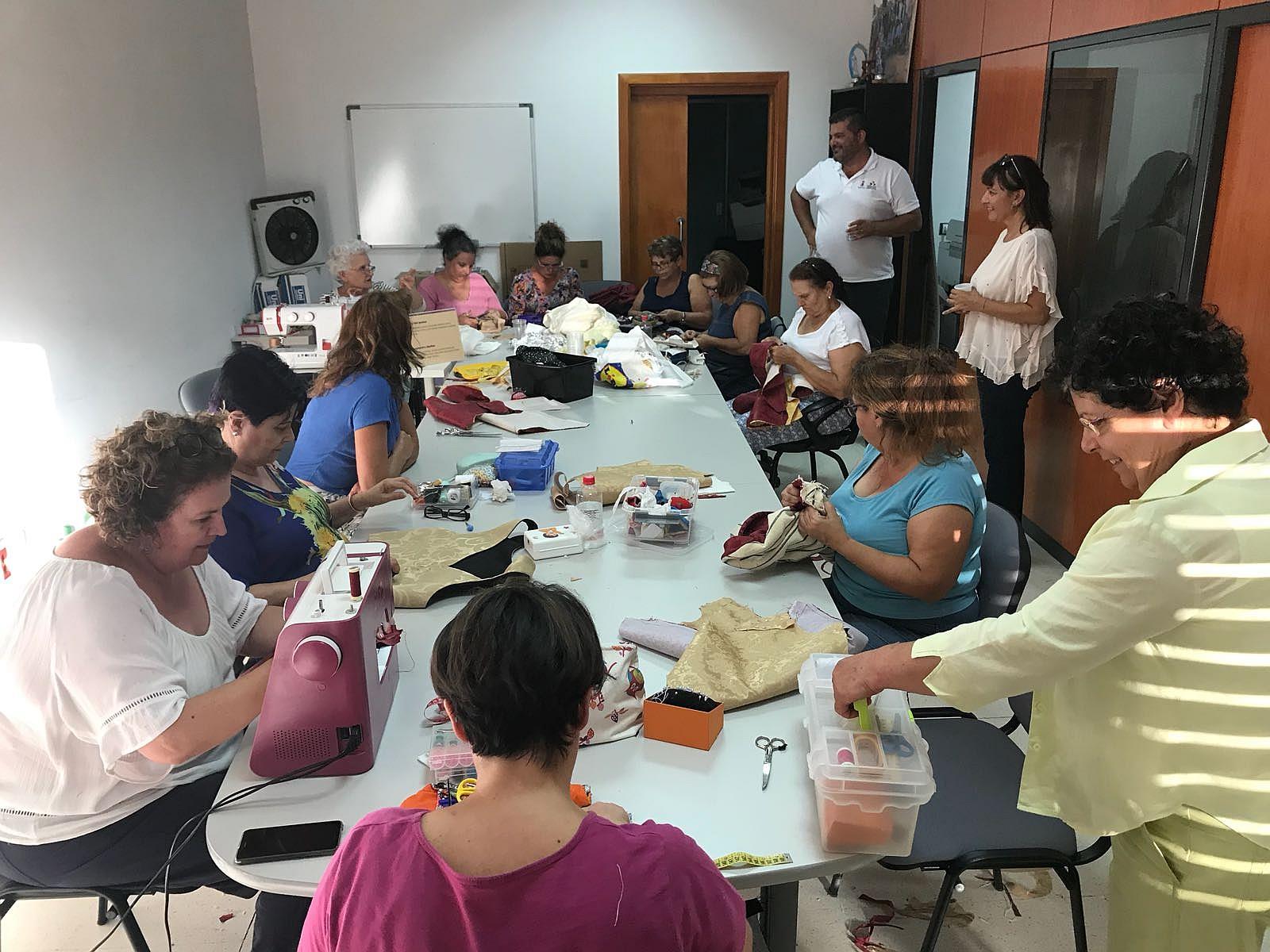 El Museo La Zafra acoge en octubre un nuevo taller para recuperar la vestimenta tradicional canaria