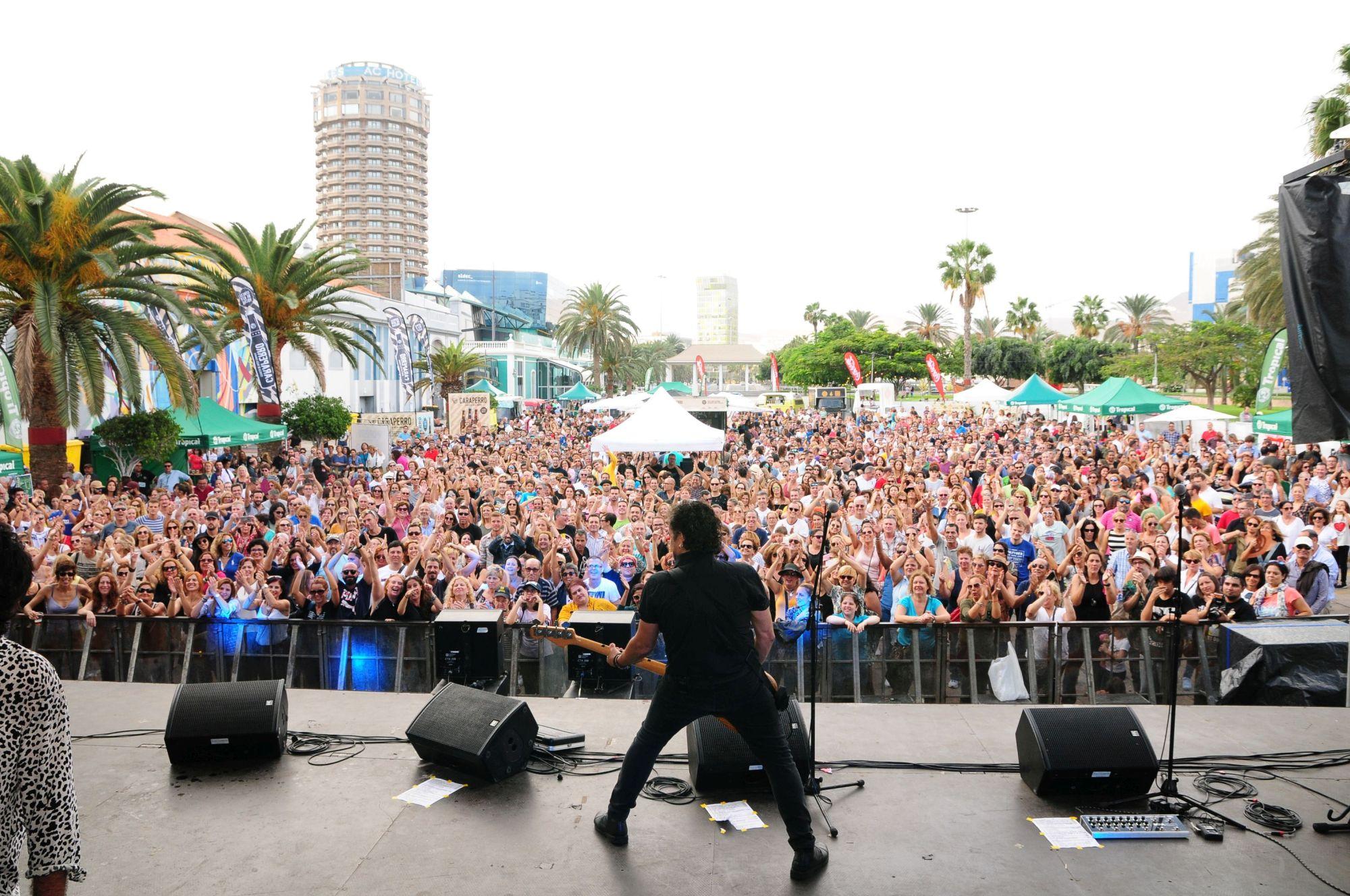 Tres conciertos de bandas tributo al rock dan el pistoletazo de salida del Tropical Fest
