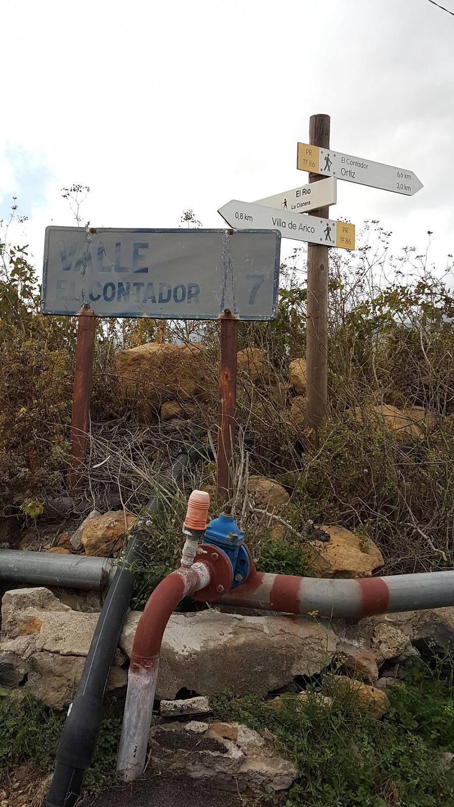 Señales de tráfico en Arico