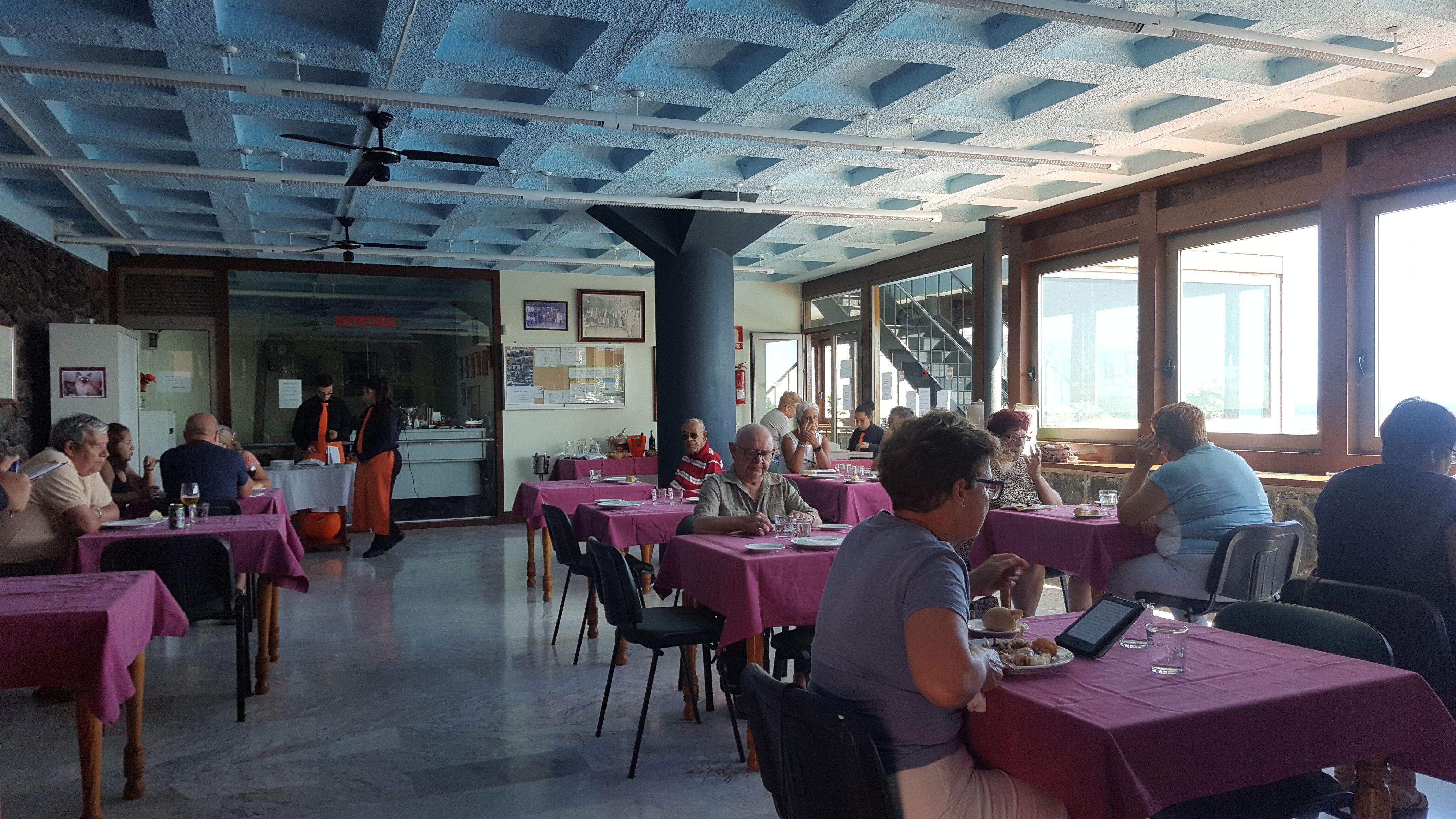 Comienza el comedor para mayores en Candelaria