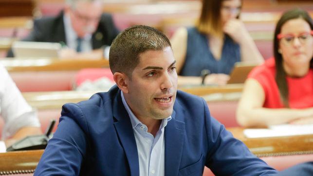 """El senador herreño tilda de """"error histórico"""" cambiar el sistema electoral"""