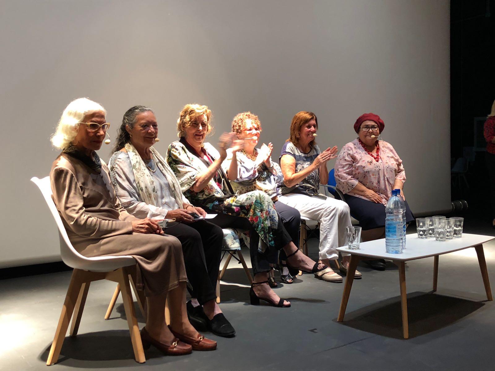 'Constelación de escritoras canarias' acerca al alumnado a la creación literaria de mujeres en el Archipiélago