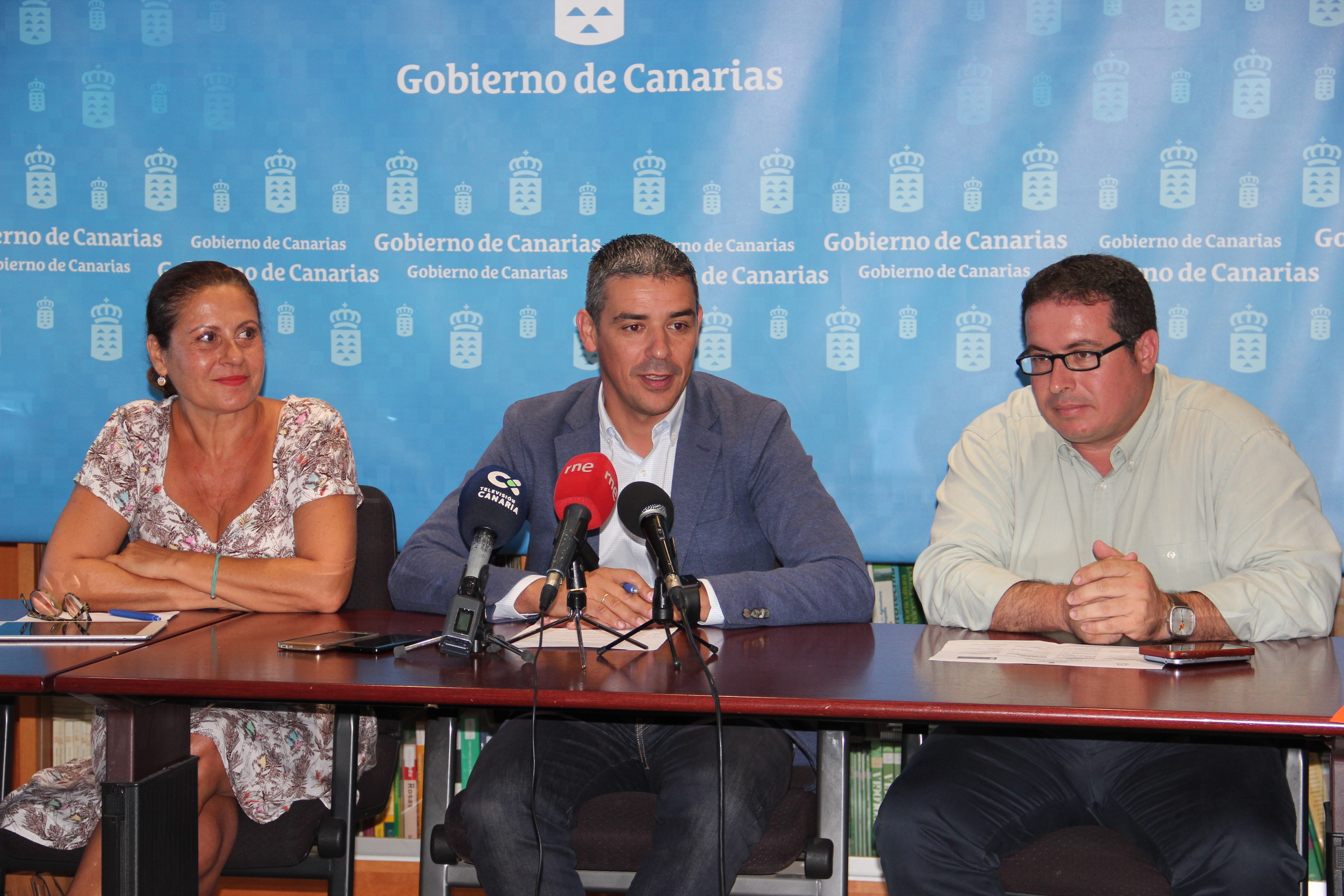 Claudina Morales, Narvay Qquintero y David de Vera
