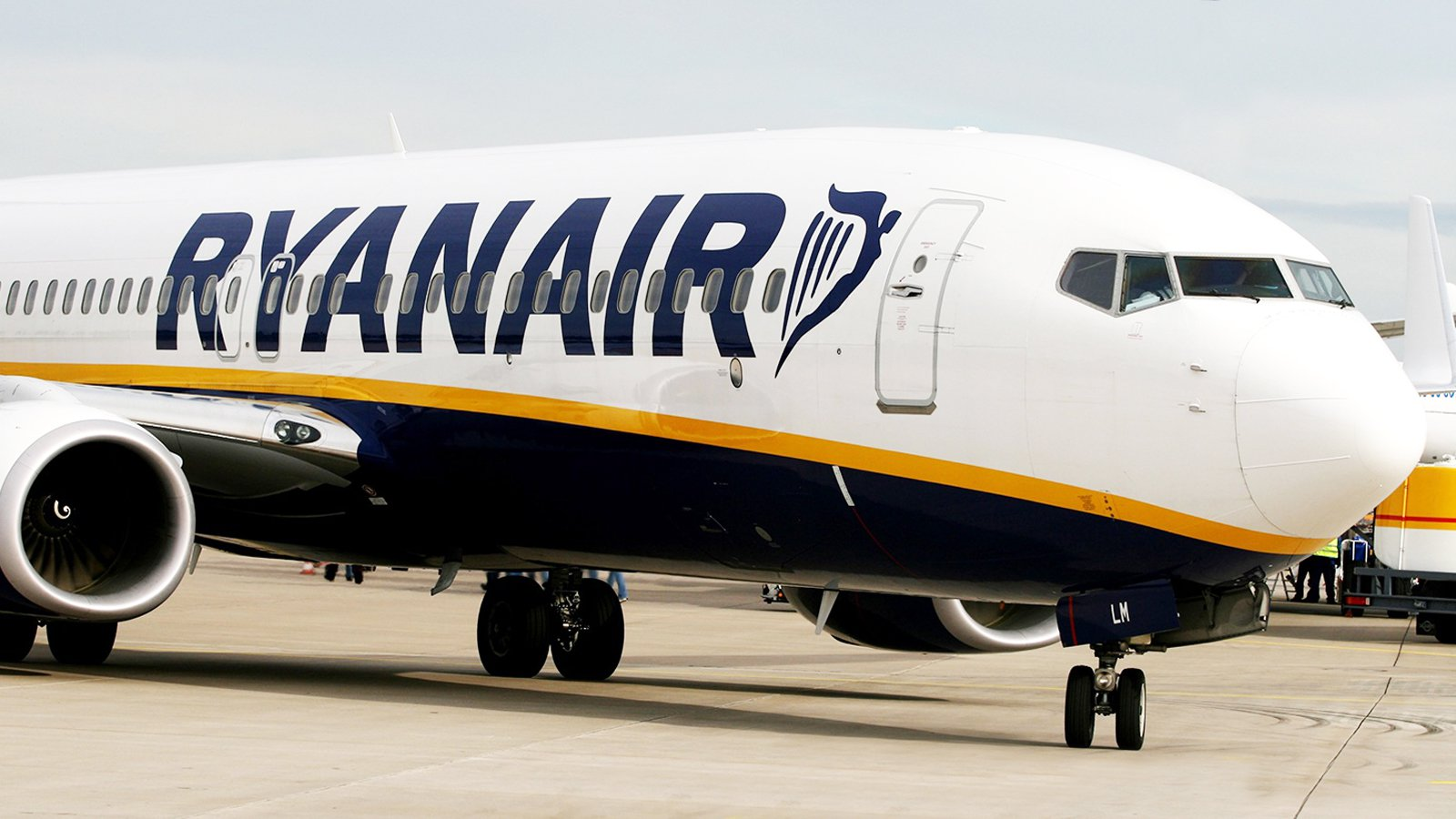 Los pasajeros en vuelos low cost caen un 7,4% en septiembre en Canarias