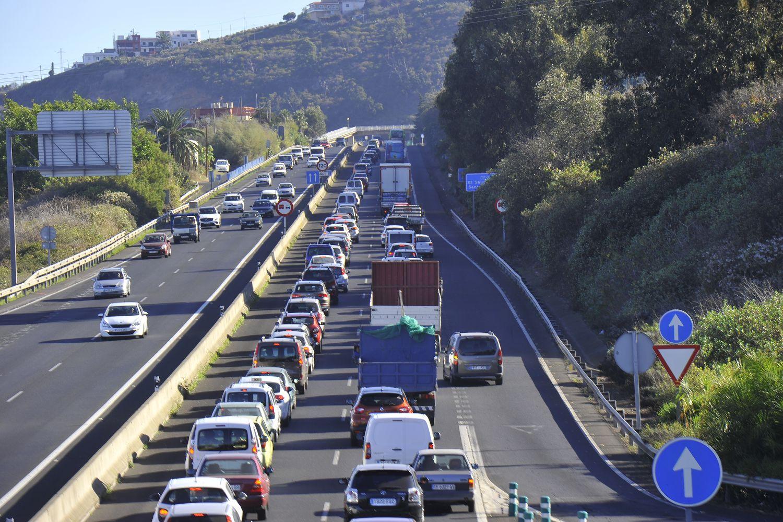 Pablo Rodríguez subraya que actualmente hay proyectos pendientes por valor de 800 millones de euros a la espera del convenio de carreteras