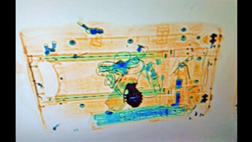 Foto de la maleta que parecía una bomba en Barcelona
